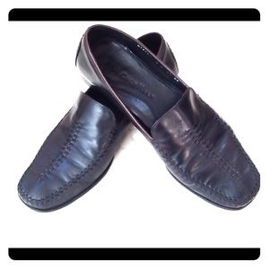Cole Haan black loafers size 9c ladies